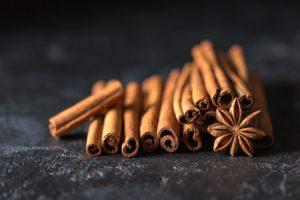 Корица помогает снизить сахар и холестерин при диабете